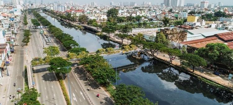 Bến Bình Đông bất ngờ hút nhà đầu tư địa ốc